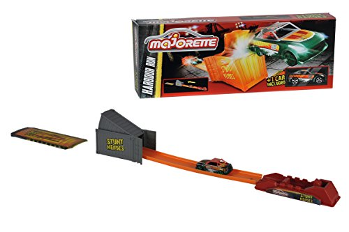 Majorette - 212058011 - Stunt Heroes - Saut Ultime Container - Circuit Véhicule Miniature - Lanceur + Voiure Stunt Inclus