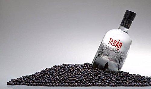 gin-tabar-loriginale-della-bassa-modenese-premium-gin-distillato-tra-le-nebbie-dei-fiumi-panaro-e-se