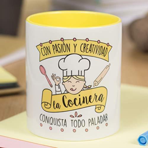 La Mente es Maravillosa - Taza frase y dibujo divertido (Con pasión y creatividad la cocinera conquista todo paladar) Regalo Cocinera