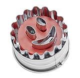 Dr. Oetker Ausstecher Ø 5cm 'Lachendes Gesicht', Ausstechform für die Weihnachtszeit, Ausstecher mit Auswerfer für Plätzchen und Kekse - spülmaschinengeeignet (Farbe: silber/rot) Menge: 1 Stück
