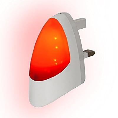 Automatic LED Night Light - Plug in Energy Saving Dusk 2 Dawn Sensitive Night Light - inexpensive UK light store.