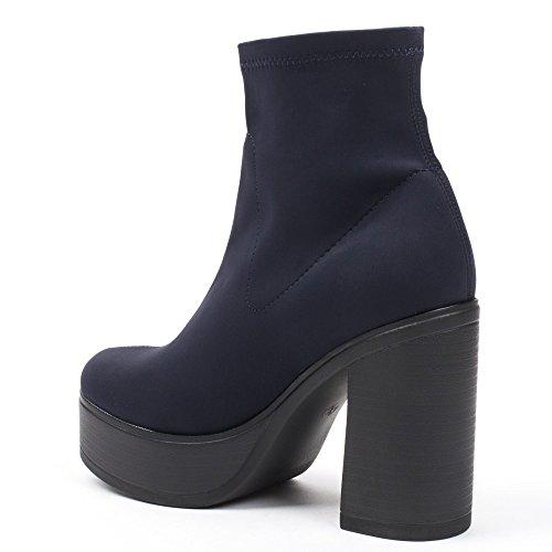 Ideal Shoes - Bottines montantes en néoprène Pilar Marine