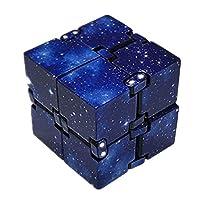 specifiche: Materiale: Plastica Nome del prodotto: Infinity Cube Dimensioni: la dimensione delle pieghe è 4 cm * 4 cm * 4 cm, la dimensione dell'espansione è 8 cm * 4 cm * 2 cm Tipi: Mini cubo del secondo ordine Colore: come immagine mostra  Descrizi...