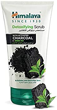 Himalaya Detoxifying Face Scrub With Activated Charcoal and Green Tea, 150 ml