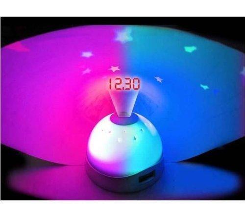 Preisvergleich Produktbild PREMIUM Digitaler Wecker mit Sternenprojektion und wechselnden Farben - Stimmungsvolles Nachtlicht