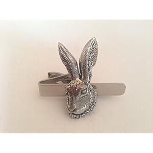 A73Hasen Krawatte Kopf English Pewter Emblem auf einem Clip 4cm handgefertigt in Sheffield kommt mit prideindetails Geschenk-Box
