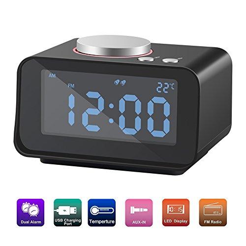 Beawelle Digital FM AM Radiowecker Uhrenradio Mit Nachtlicht-Funktion, 2 Weckzeiten mit USB Ladeanschluss, Snooze Funktion, Einschlaffunktion – Anpassbare Helligkeitsregulierung