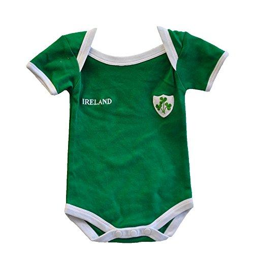 Grünes Irland Rugby Trägerhemd mit einem kleinen Ireland Druck und Shamrock Abzeichen (0/6 Months) (Gestickt Rugby)