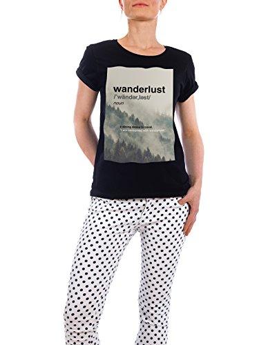"""Design T-Shirt Frauen Earth Positive """"Wanderlust"""" - stylisches Shirt Typografie Natur Städte von Linsay Macdonald Schwarz"""