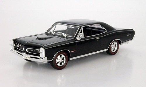 pontiac-gto-coupe-schwarz-1966-1-18-welly-modell-auto