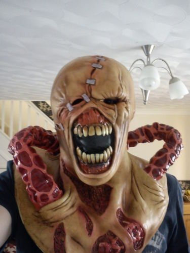 RESIDENT EVIL LATEX - THE NEMESIS MASK ONE SIZE FITS ALL ...