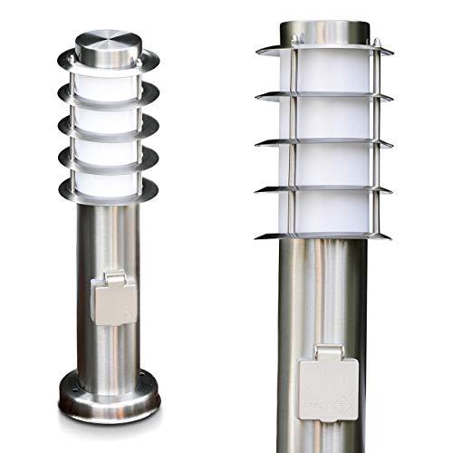 Wegeleuchte Tunes mit Steckdose - kleine Stehlampe aus Edelstahl mit Schuko Stecker - ideal als Gartenleuchte - schönes Design - Sockelleuchte - E27-Fassung - 40 Watt - mit Schutzabdeckungen