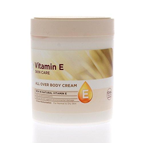 Superdrug Skin Care Non Greasy Natural Vitamin E Moisturising Body Cream 475ml