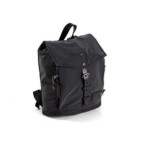 PROPERTY OF…® Oscar S Backpack | Stylischer Laptop-Rucksack aus Hightech-Material | reflektiert ohne die sonst übliche Silberfärbung | wasserdicht | mit individuell personalisierbarem Lederpatch | schwarz (Night/Black) (Notebook Essential Kollektion)