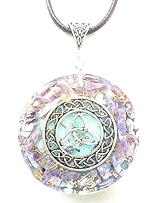 Pendentif en orgone Wicca Triskele, Charoite, Nouvel Age, Reiki