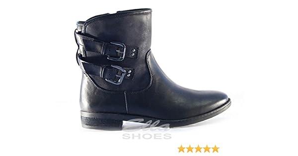 ceaf4185767bf Ella TANIA VEGAN LADIES 2 BUCKLE MOTORBIKE BLACK ANKLE BOOTS ZIP CLOSURE  BIKER UK 8  Amazon.co.uk  Shoes   Bags