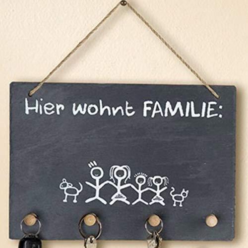 G.H. Schlüsselboard aus Natur Schiefer mit Naturseilaufhängung, mit Kreide beschriftbar, Thema Hier WOHNT Familie, Material Schiefer, Farbe schwarz, weißer Aufdruck, Maße 30 x 21 cm