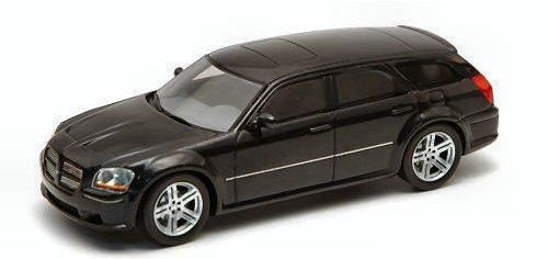 dodge-magnum-srt-8-2006-black-143-spark-model-auto-stradali-modello-modellino-die-cast