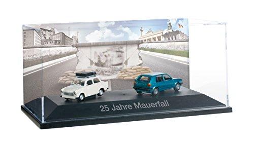 Preisvergleich Produktbild Herpa 101943 - Set mit Trabant 25 Jahre Mauerfall