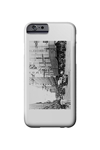 seattle-washington-view-of-a-downtown-street-corner-old-woolworth-bldg-iphone-6-cell-phone-case-slim