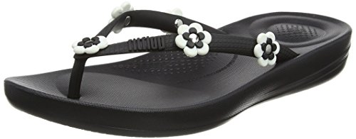 8a37239ce Fitflop Women s Iqushion Ergonomic Flip Flop Flower-Stud (Black 001)
