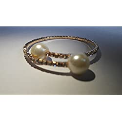 Rich Silver Diamond Studded Adjustable Golden Bracelet with Pearls