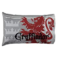 Jay Franco Harry Potter Gryffindor 1 Pack Pillowcase - Double-Sided Kids Super Soft Bedding (Official Harry Potter Product)