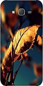 Snoogg Autumn Leaves Designer Protective Back Case Cover For Samsung J5