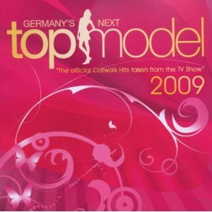 The Official Catwalk Hits 2009 (CD Album 42 Tracks): Britney Spears - Circus / The Pussycat Dolls - When I Grow Up / P!nk - So What / Monrose - You Can Look / Justin Timberlake Feat. Timbaland - SexyBack / Christina Aguilera - Keeps Gettin' Better / ...