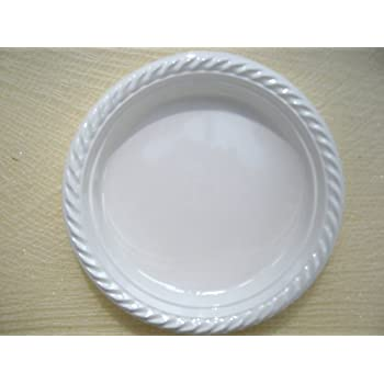 60 X Small White Plastic Disposable Plates - 17cm  sc 1 st  Amazon UK & 60 X Small White Plastic Disposable Plates - 17cm: Amazon.co.uk ...