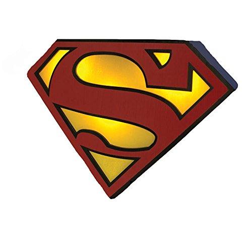 - Lampe DC Comics - Logo Superman- Fonctionne Sur Batterie, se recharge en USB- Vendu sous boite carton- Taille 19cm