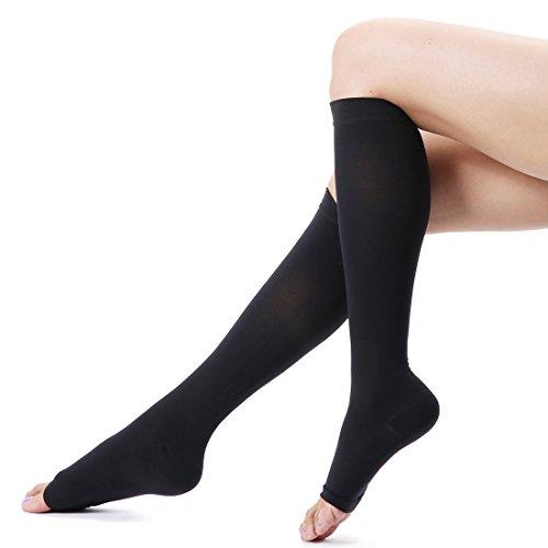 medizinische Kompressionsstrümpfe und Trombosestrümpfe 20-30 mmHg für Herren und Damen Stützstrümpfe geeignet für Krampfadern Varizen, gegen die Thrombosen, Beinvenenthrombosen und Ödeme in Bein und Fuß Strumpf mit offener Spitze Medical Knee High Compression Sock Schwarz XXL Size