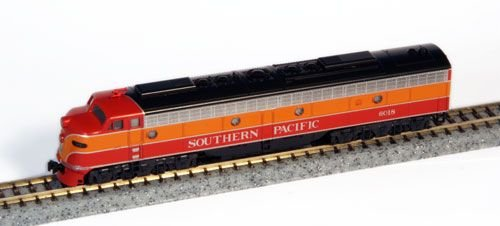 Spur N - Kato Diesellok E9A Southern Pacific