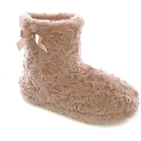 Zapatillas de estar por casa estilo botín para mujer