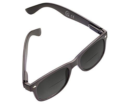 Sonne Reader (TROIKA SUN READER Lese-Sonnenbrille mit 2 Dioptrien - SUN20/BK - schwarz - Bifokal Lesesonnenbrille, Stärke +2,00 dpt, TÜV-geprüft, Polycarbonat, mit Etui, schwarz - das Original von TROIKA)