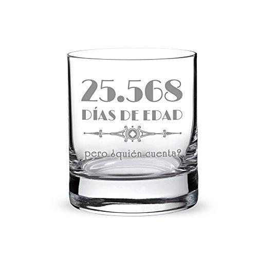 """Vaso de whisky con grabado – Por el 70 cumpleaños – """"25.568 días de edad pero ¿quién cuenta?"""" – Estándar – Tumbler – Idea de regalo de cumpleaños – Regalos para hombres y mujeres – Regalos divertidos y originales"""