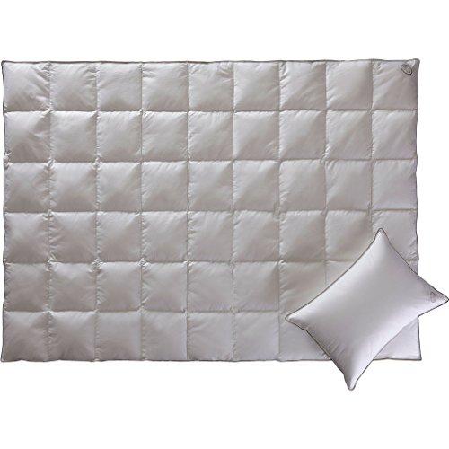 GOLD LIGHT by WHITE BOUTIQUE- Luxus Gänsedaunen Decke- Bettdecke- Steppdecken- Bettdecken zum Schlafen- Cooles Schlafen- 90% Gänsedaunen- 155/215 cm