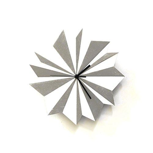 horloge-murale-en-bois-origami-argent