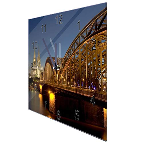 banjado Wanduhr aus Glas | geräuscharme Uhr 30x30cm | Glasuhr für Küche, Büro, Wohnzimmer, Kinderzimmer | Motiv Köln