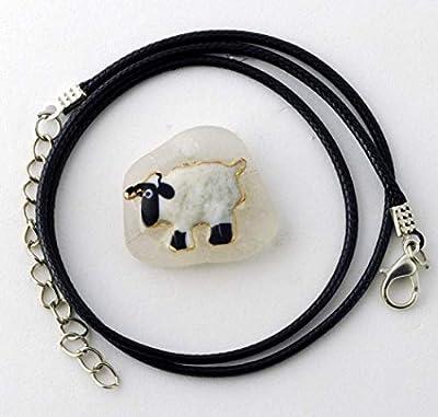 Pendentif verre de mer Yorkshire mouton avec collier ajustable de 45 cm.