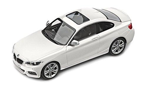 BMW genuino coche en miniatura (escala 1: 43fundición Coupé de la serie 2F22Alpine blanco