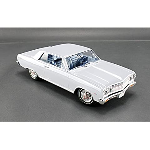 1965 Chevrolet Chevelle Malibu SS L79 Ermine White Limited to 528pc 1/18 by Acme A1805303 by Acme - 1965 Chevrolet Chevelle