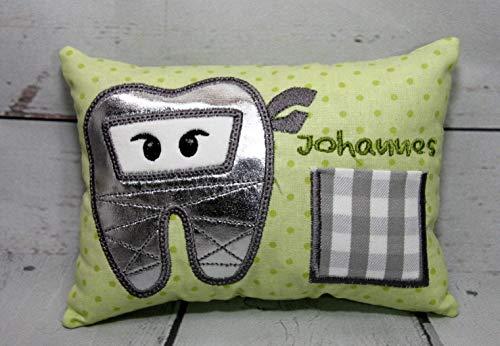Zahnfeekissen Zahnfee Ninja Milchzahn mit Namen personalisierbar grün handgemacht 16 x11 x 4 cm, 100% Baumwolle Obermaterial, Füllung 100% Polyester (Für Zahnfee Jungen Kissen)