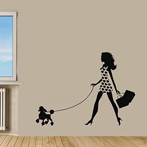 yiyiyaya Ragazza Che Cammina con Barboncino Stickers murali Pet Dog Wall Sticker Home Decor Soggiorno Camera da Letto Decorazione 58cmx43cm