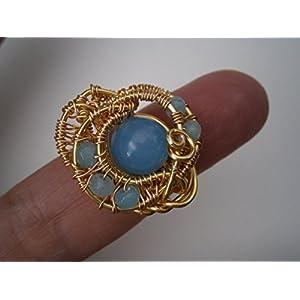 Ring blau handmade verstellbar mit Achat hellblau in wirework vergoldet Drahtschmuck als Geschenk im Etui