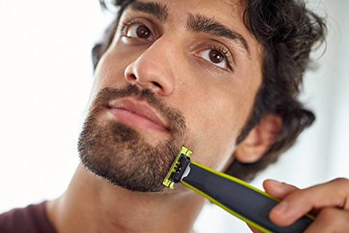 Philips OneBlade QP2530/30 Hybrid Trimmer and Shaver (4x Lengths and 1 Extra Blade) – exclusive to Amazon (UK 2-Pin Bathroom Plug)