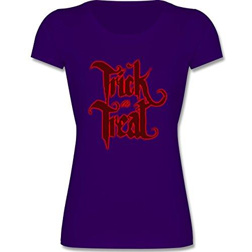 Muttertag & Vatertag - Trick Treat Halloween Typo - 128 (7-8 Jahre) - Lila - F288K - Mädchen T-Shirt (Beliebte Teenager Halloween Kostüme)