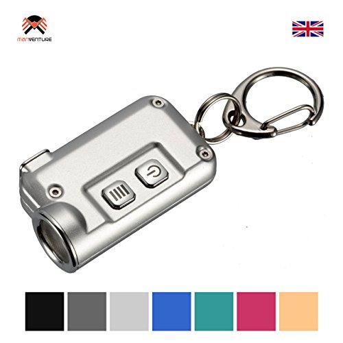 Nitecore® TINI USB Wiederaufladbar Taschenlampe 380 Lumens LED Super Hell EDC Schlüsselbund Leicht 13.4 Gramm Mini-Taschenlampe Integerierte LI-Ion Akku hohe Kapazität, Lange Laufzeit bis zu 60 Stunden, CREE XP-G2 S3 LED Schlüsselring, Aero Schutzhülle Aluminium, Erhältlich in 7 Farben (Silber)