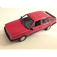 VW VOLKSWAGEN PASSAT B2 1:43 IXO LEGENDARY CAR AUTO RU111