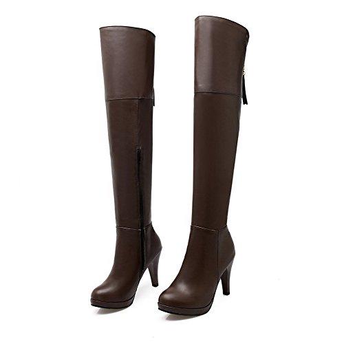 AllhqFashion Damen Hoher Absatz Rund Zehe Reißverschluss Stiefel mit Metallisch Braun